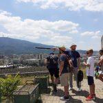 Туристичките водичи денеска ќе алармираат за својата егзистенција