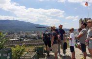Туристичките водичи на респиратор